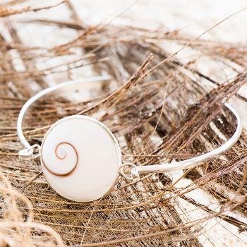SUVANI Sterling Silver Natural White Shiva Eye Sea Shell Bangle Bracelet